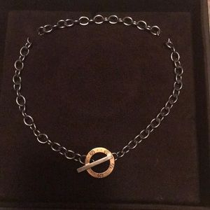 🌹🌹🌹Authentic Gucci necklace 18k/Silver